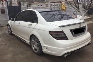 Подержанный автомобиль Mercedes-Benz C-Класс, хорошее состояние, 2010 года выпуска, цена 750 000 руб., Московский