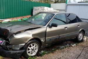 Автомобиль Audi 80, битый состояние, 1989 года выпуска, цена 29 999 руб., Липецк