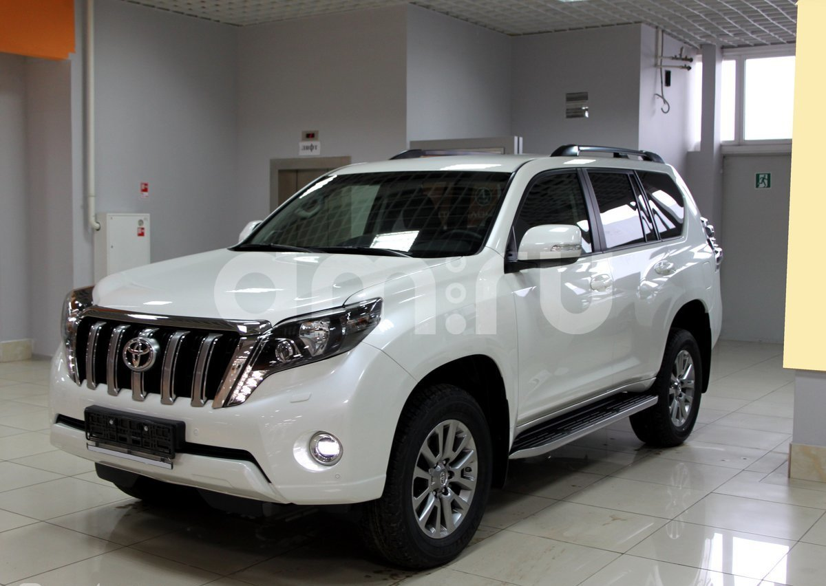Продажа Toyota Land Cruiser Prado в Санкт-Петербурге