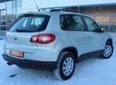 Подержанный Volkswagen Tiguan, серебряный, 2011 года выпуска, цена 679 000 руб. в Екатеринбурге, автосалон Автобан-Запад