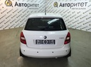 Подержанный Skoda Fabia, белый, 2012 года выпуска, цена 369 000 руб. в Санкт-Петербурге, автосалон
