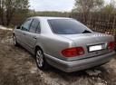 Подержанный Mercedes-Benz E-Класс, серебряный , цена 250 000 руб. в Тюмени, среднее состояние