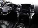 Подержанный Toyota Land Cruiser, белый, 2014 года выпуска, цена 3 250 000 руб. в ао. Ханты-Мансийском Автономном округе - Югре, автосалон