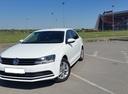 Подержанный Volkswagen Jetta, белый , цена 1 000 000 руб. в Омске, отличное состояние