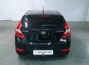 Подержанный Hyundai Solaris, черный, 2012 года выпуска, цена 439 000 руб. в Саратове, автосалон АвтоФорум 64