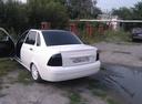 Подержанный ВАЗ (Lada) Priora, белый металлик, цена 200 000 руб. в Челябинской области, хорошее состояние