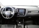 Подержанный Mitsubishi Outlander, белый, 2015 года выпуска, цена 1 349 000 руб. в Санкт-Петербурге, автосалон