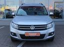 Подержанный Volkswagen Tiguan, серебряный, 2013 года выпуска, цена 865 000 руб. в Екатеринбурге, автосалон