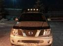 Подержанный Nissan Navara, серебряный металлик, цена 680 000 руб. в Челябинской области, отличное состояние