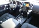 Подержанный Toyota Land Cruiser, черный, 2015 года выпуска, цена 3 820 000 руб. в Омске, автосалон
