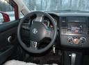 Подержанный Nissan Tiida, красный металлик, цена 450 000 руб. в Кемеровской области, хорошее состояние