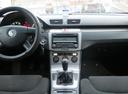 Подержанный Volkswagen Passat, мокрый асфальт , цена 390 000 руб. в Ульяновской области, хорошее состояние