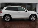 Подержанный Volkswagen Touareg, белый, 2015 года выпуска, цена 2 950 000 руб. в Екатеринбурге, автосалон Автобан-Запад