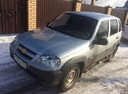 Авто Chevrolet Niva, , 2014 года выпуска, цена 450 000 руб., Челябинск