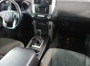 Подержанный Toyota Land Cruiser Prado, белый, 2012 года выпуска, цена 1 890 000 руб. в Екатеринбурге, автосалон