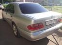 Подержанный Mercedes-Benz E-Класс, серебряный , цена 240 000 руб. в Челябинской области, хорошее состояние