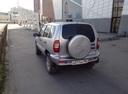 Подержанный Chevrolet Niva, серебряный металлик, цена 250 000 руб. в ао. Ханты-Мансийском Автономном округе - Югре, хорошее состояние