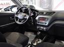 Подержанный Kia Rio, черный, 2012 года выпуска, цена 469 000 руб. в Санкт-Петербурге, автосалон