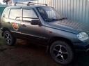 Подержанный Chevrolet Niva, мокрый асфальт , цена 160 000 руб. в Саратове, отличное состояние