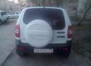 Подержанный Chevrolet Niva, белый , цена 470 000 руб. в Тюмени, отличное состояние