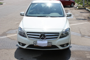 Mercedes-Benz B-Класс B 180 BlueEfficiency 7G-DCT (122 л. с.)