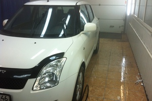 Suzuki Swift 1.3 AT (92 л. с.)