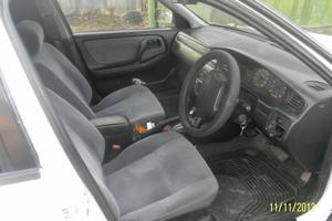 Nissan Bluebird 1.8 SSS AT (123 л. с.)