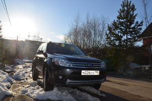 Ford Escape 8.1 5AT 4WD 2500HD (270 л. с.)