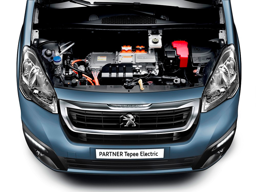 Peugeot Partner Tepee Electric пошёл по стопам Partner Electric.