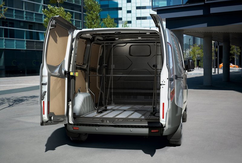 новый ford transit custom