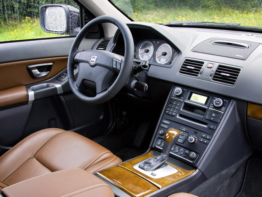 Полезные советы по выбору Volvo XC90 с пробегом.