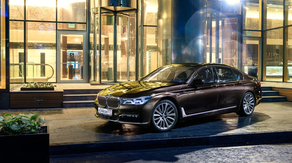 BMW 7-Series G11–12