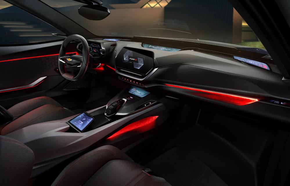 Кроссовер Chevrolet  в стиле  Camaro представили в Китае.