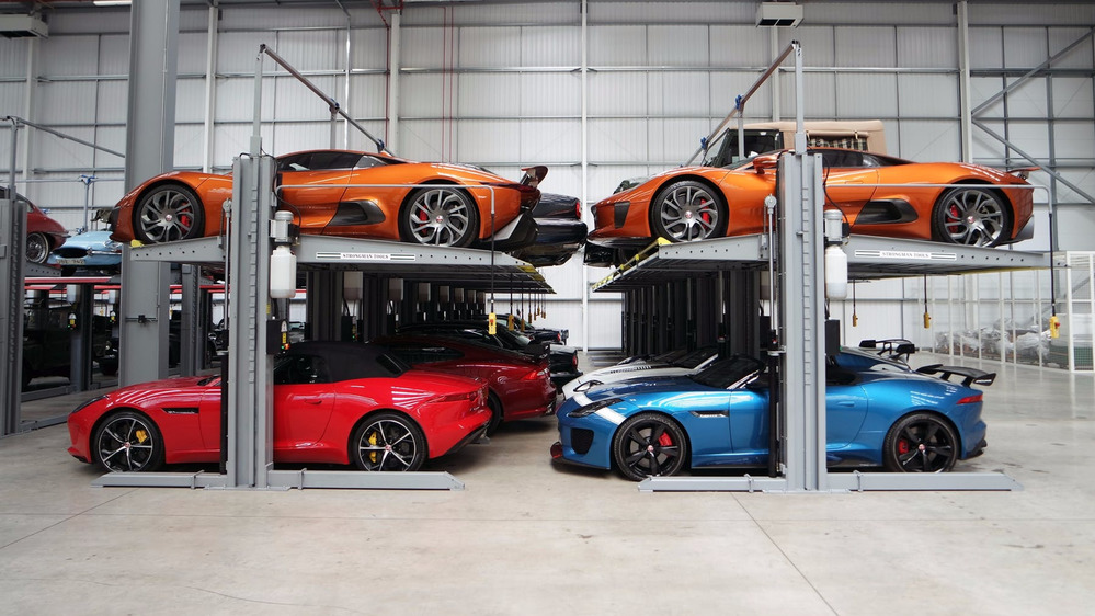 Jaguar Land Rover открыл центр классических автомобилей.Новости Am.ru
