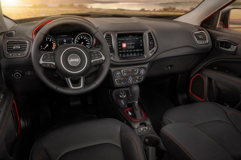 Стали известны новые детали окроссовере Jeep Compass для РФ