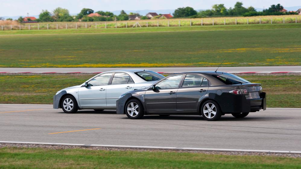 Осваиваем навыки суперагента вместе с Mazda.