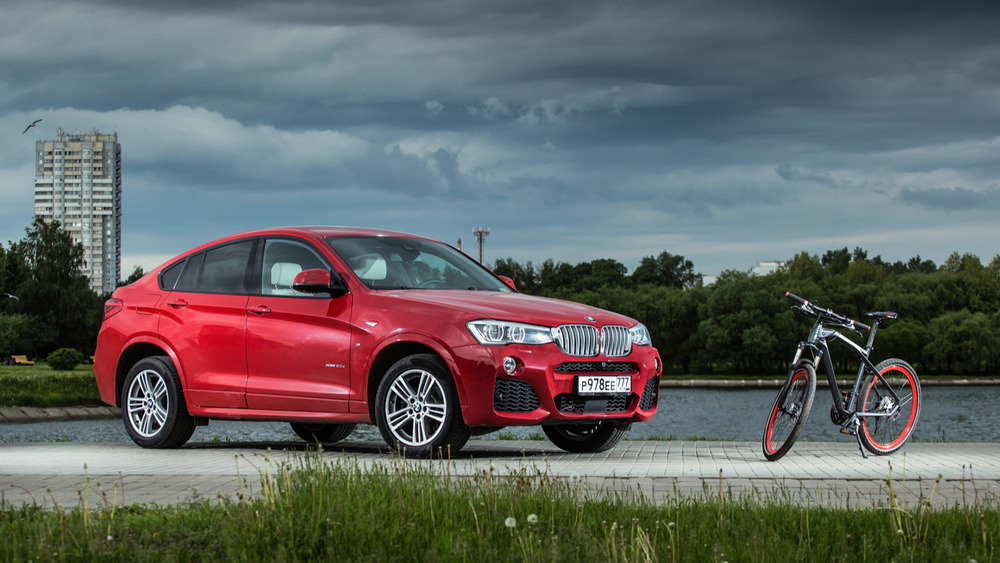BMW X4 и BMW Cruise M Bike