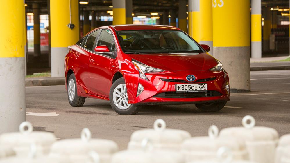 Тест-драйв «четвёртой» Toyota Prius.