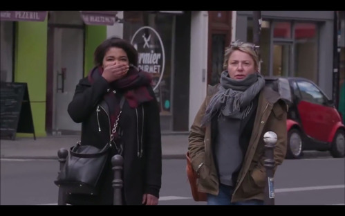 В Париже пешеходов напугали, чтобы отучить нарушать ПДД.