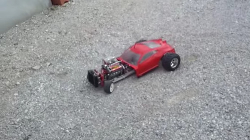 Невероятный звук маленького V8.