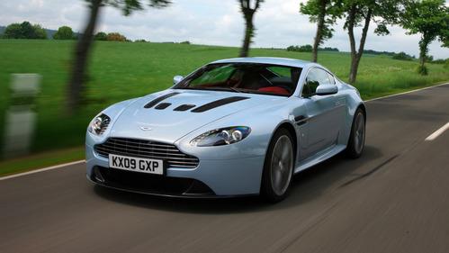 Китайцы пожаловались в Aston Martin на Vantage.
