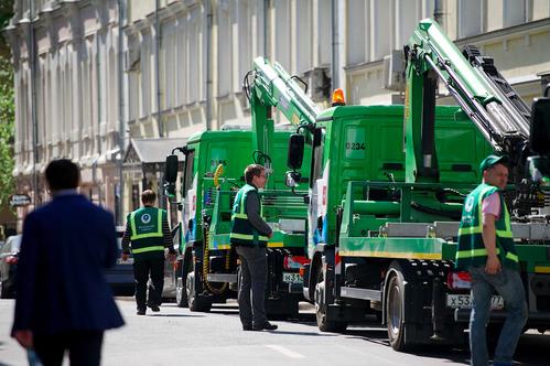 Названы улицы Москвы, где чаще эвакуируют машины.