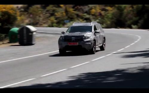 Новый Duster уже замечен на дорогах общего пользования.