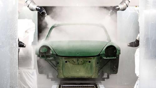 Следим за рождением знакового Porsche 911.