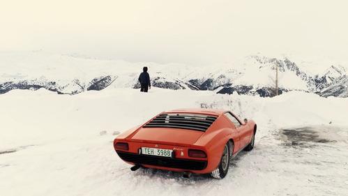 На Lamborghini Miura шаха Ирана прокатились по снегу – смотреть видео на Am.ru