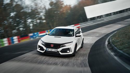 Официальные фотографии рекорда Honda Civic Type-R на Нюрбургринге