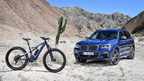BMW выпустило в пару к X3 электровелосипед