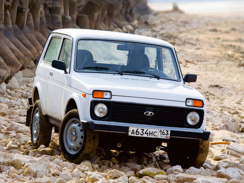 Топ-5 меньше всего дешевеющих с возрастом моделей Lada.