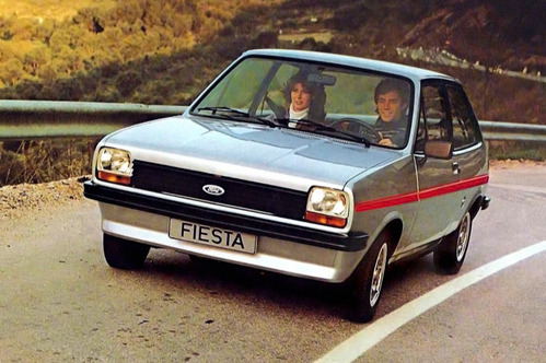 Шесть поколений Ford Fiesta в одном фотоальбоме.