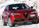 Паркетнику Alfa Romeo Stelvio дефорсировали моторы.